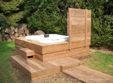 jacuzzi au jardin alternative judicieuse a la piscine